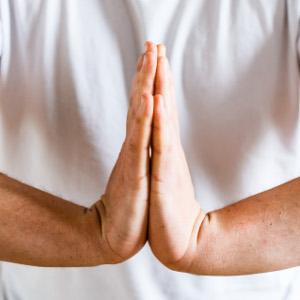 auto-massage poignets etirement flechisseurs