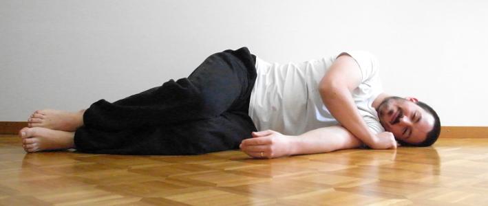 dormir cote sans oreiller