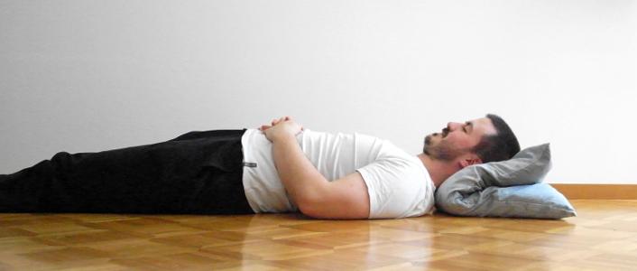 dormir dos gros oreiller