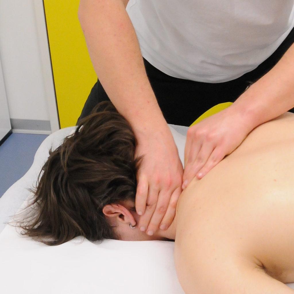 massage classique petrissage de la nuque