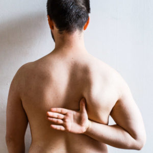 posture epaules bord medial