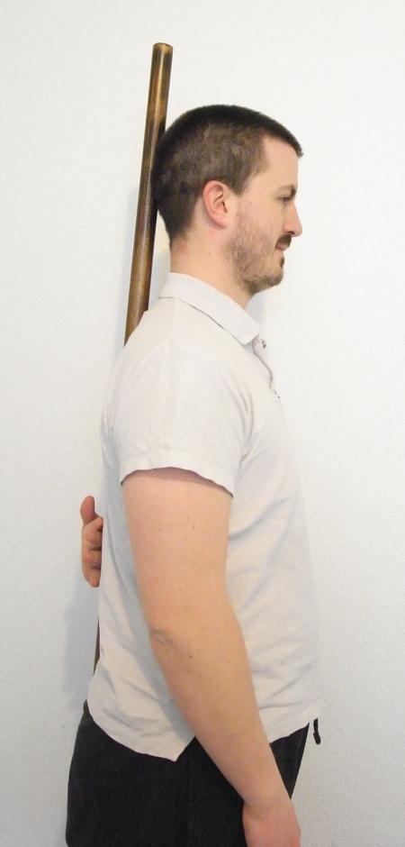 Alignement du dos et de la tête pour le renforcement des muscles de la nuque